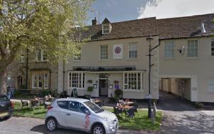 Witney Gazette: David Cameron gave the seal of approval to a Witney pub during a parliamentary debate